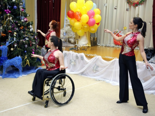 27 декабря 2017 – статья в интернет-газете «Газпромцентрремонт» о Благотворительной елке «Навстречу детским улыбкам».
